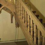 Louer une aérogommeuse pour décaper un escalier en bois